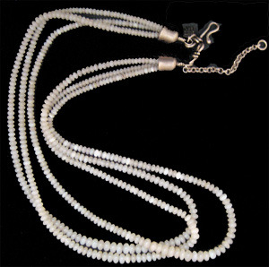 Three strand white natural mother of pearl